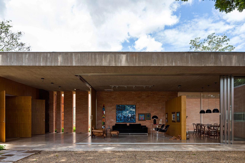 L shape BLM House by ATRIA Arquitetos-12