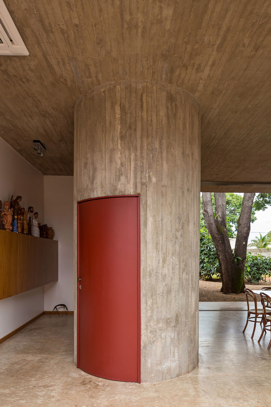 L shape BLM House by ATRIA Arquitetos-15