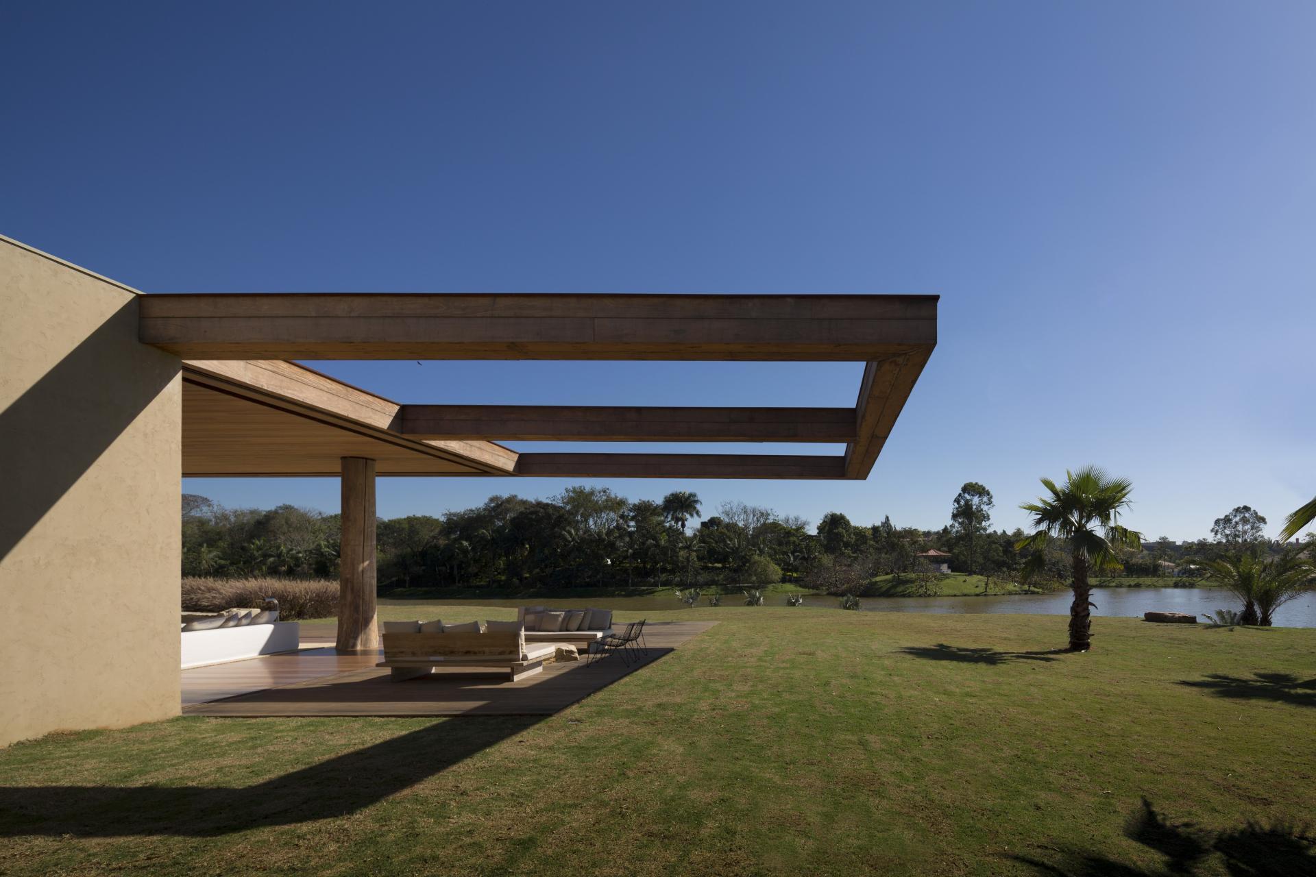 L shape ITU house near Sao Paulo by Studio Arthur Casas-06