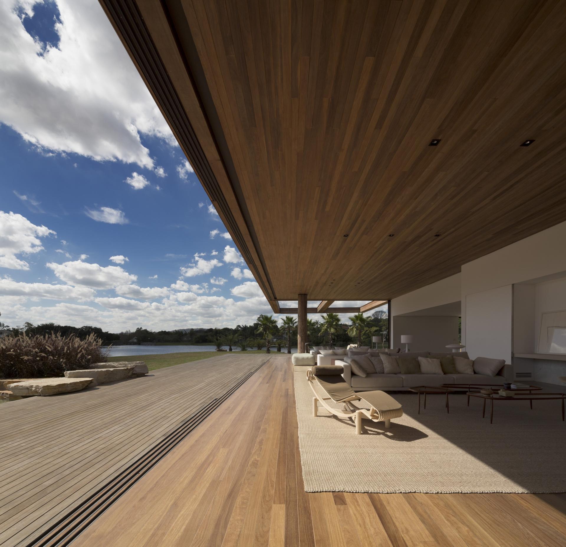 L shape ITU house near Sao Paulo by Studio Arthur Casas-09