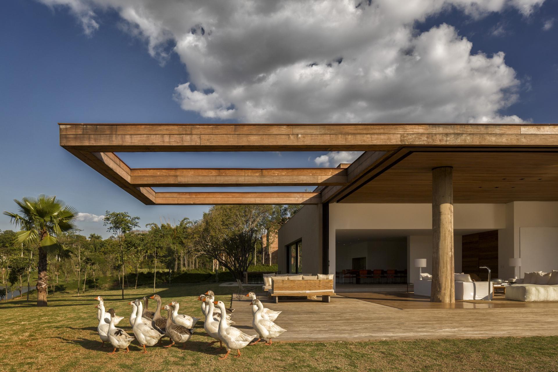 L shape ITU house near Sao Paulo by Studio Arthur Casas-12