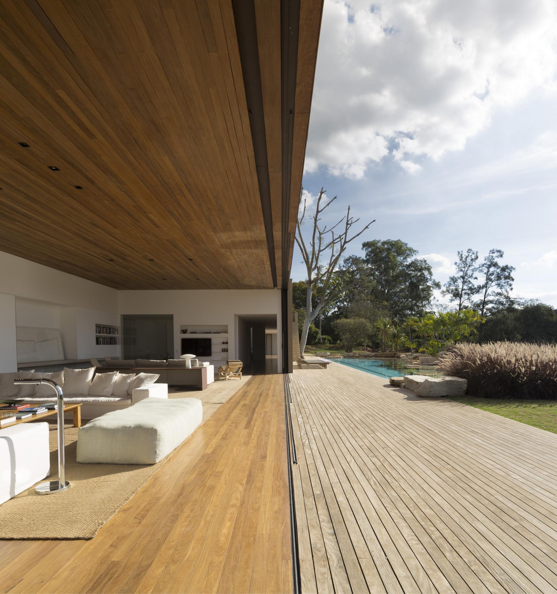 L shape ITU house near Sao Paulo by Studio Arthur Casas-14