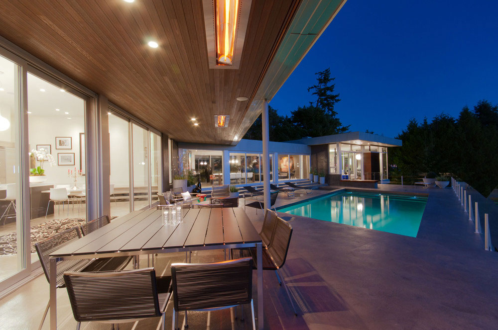 Modern Almondel Home Located in West Vancouver by Mcleod Bovell-02