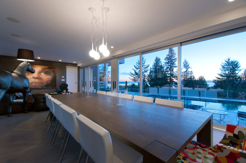 Modern Almondel Home Located in West Vancouver by Mcleod Bovell-06
