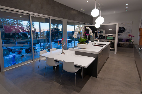Modern Almondel Home Located in West Vancouver by Mcleod Bovell-17