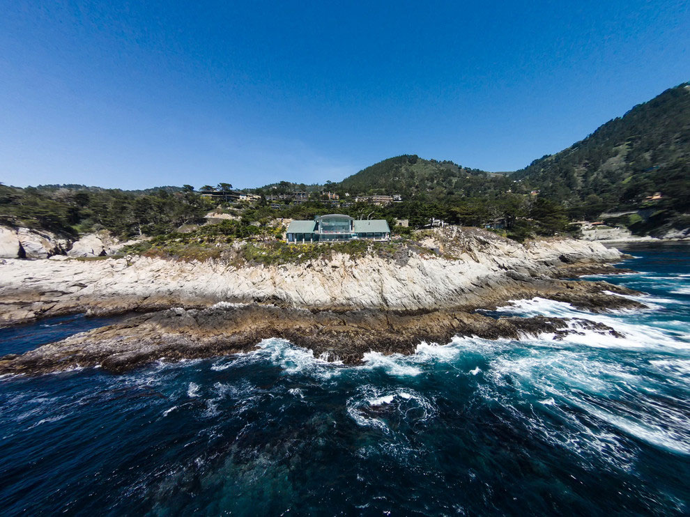 Modern Configuration of Carmel Highlands Residence With Awesome Sea Views by Eric Miller Architects-02