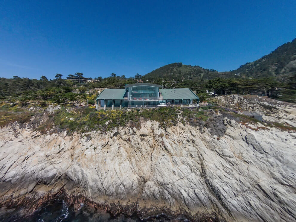 Modern Configuration of Carmel Highlands Residence With Awesome Sea Views by Eric Miller Architects-03