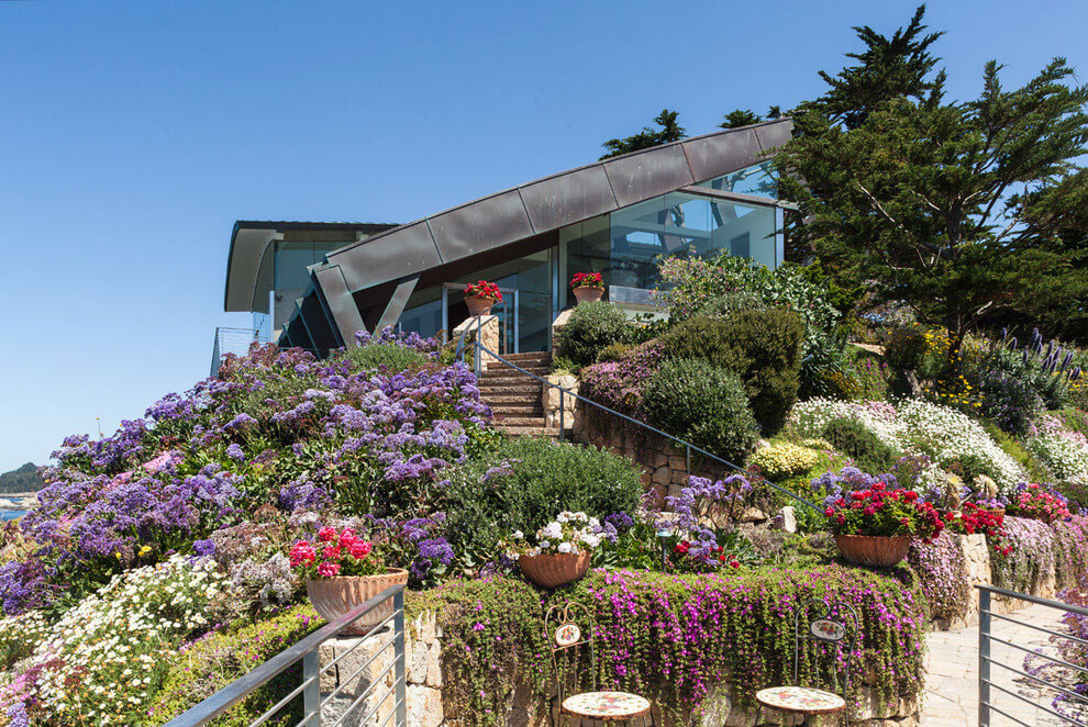 Modern Configuration of Carmel Highlands Residence With Awesome Sea Views by Eric Miller Architects-07