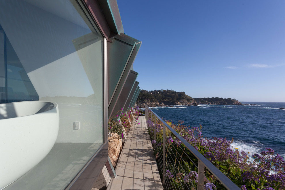 Modern Configuration of Carmel Highlands Residence With Awesome Sea Views by Eric Miller Architects-10