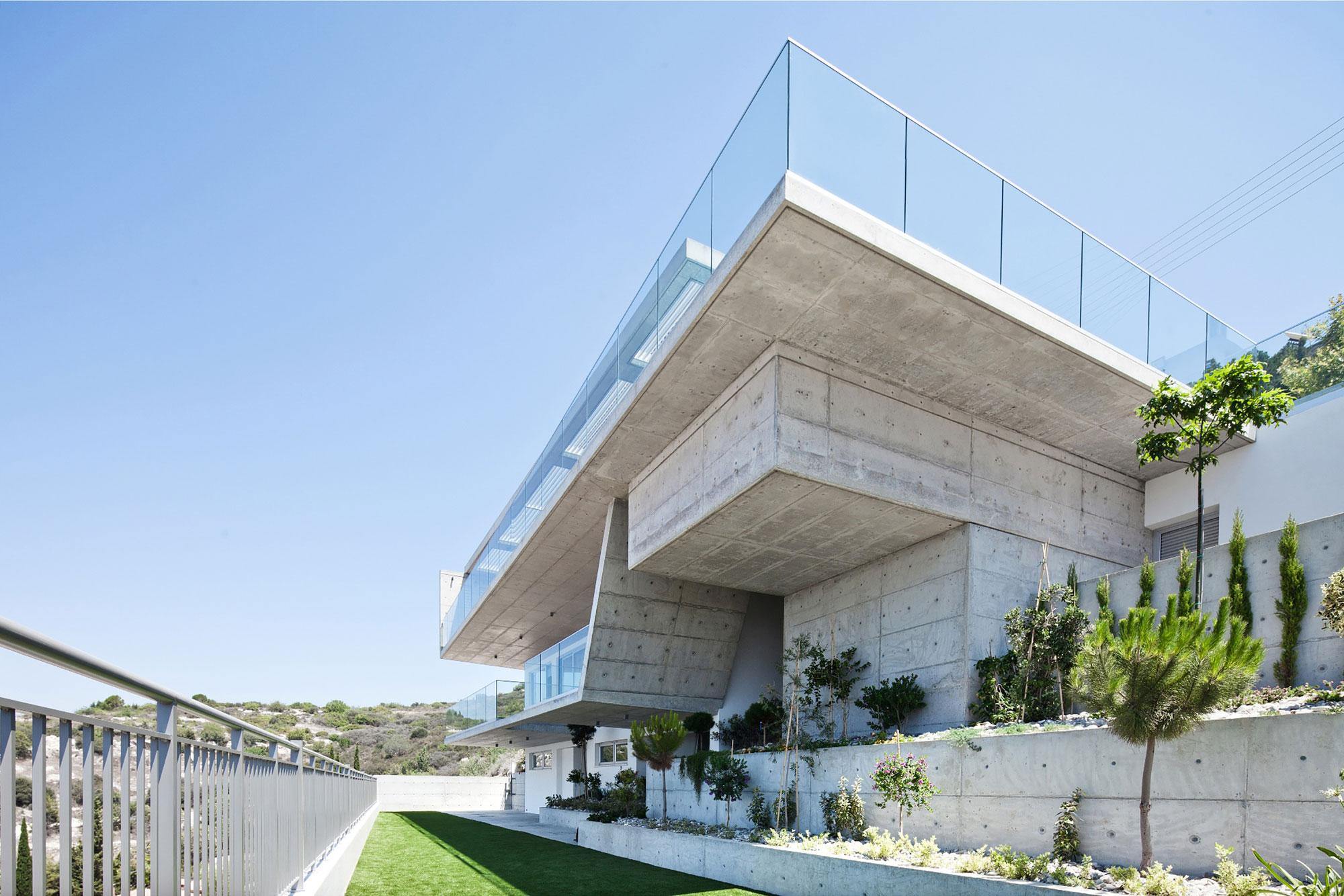 Modern Prodromos and Desi Residence in Paphos by Vardastudio Architects & Designers-03
