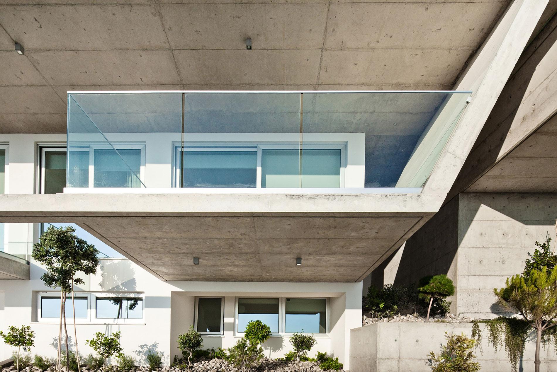 Modern Prodromos and Desi Residence in Paphos by Vardastudio Architects & Designers-07