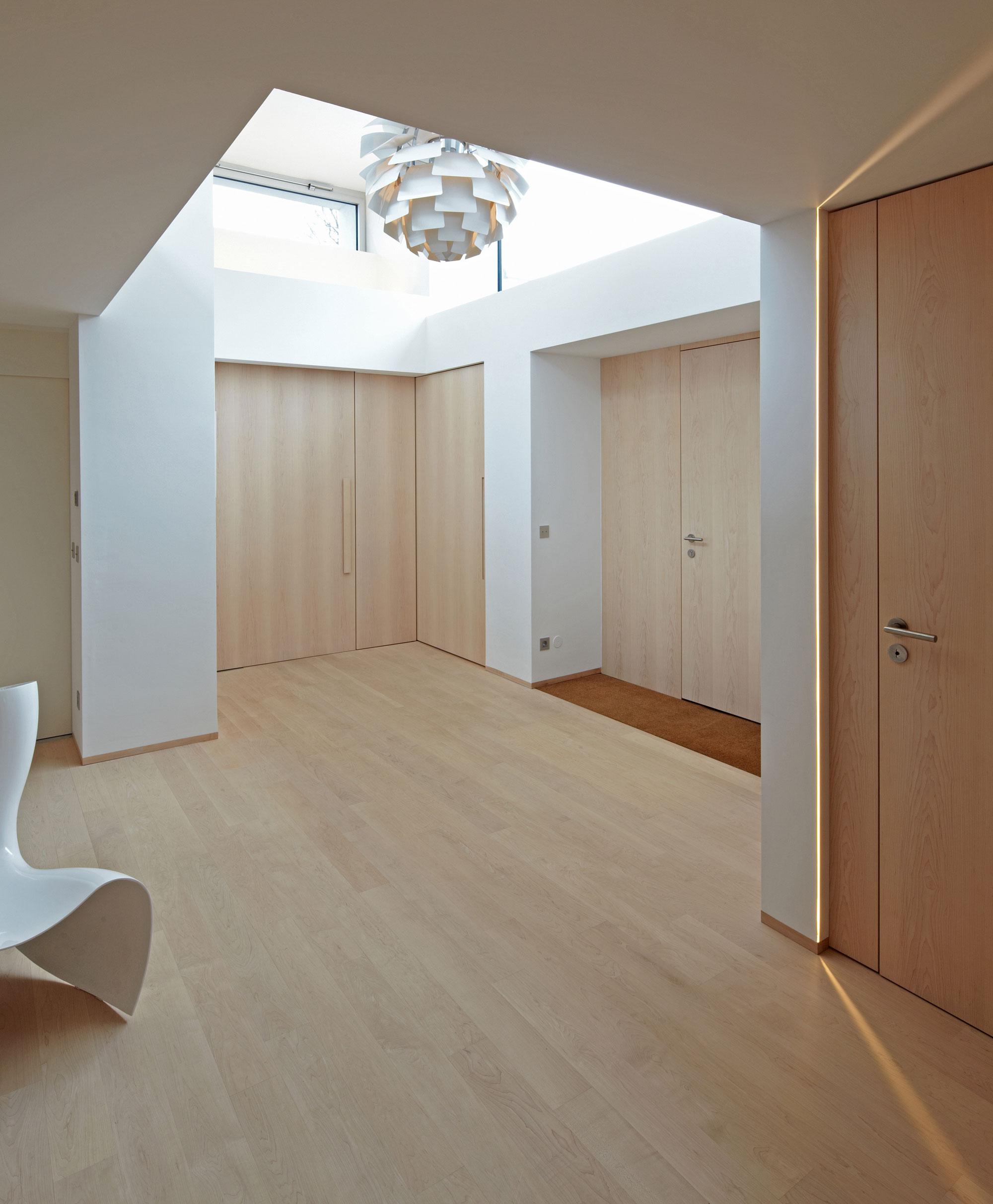 Modern S House near Munich by Stephan Maria Lang-06