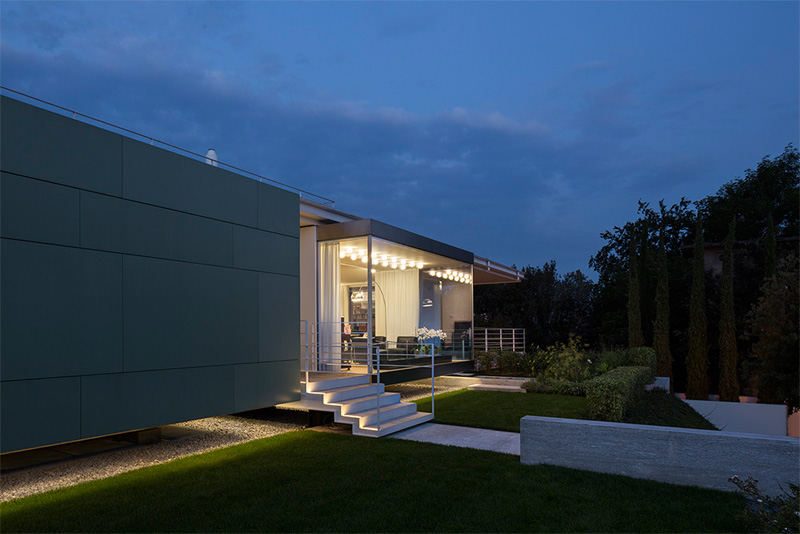 Modern Villa For a Couple with Three Children in Treviso by Zaetta Studio-04