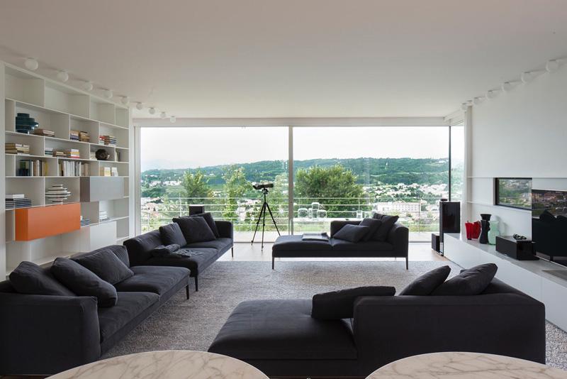 Modern Villa For a Couple with Three Children in Treviso by Zaetta Studio-08