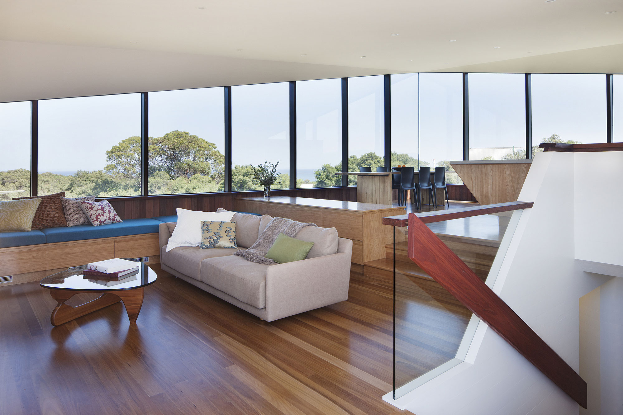 No Front or Back of Aireys House by Byrne Architects-06