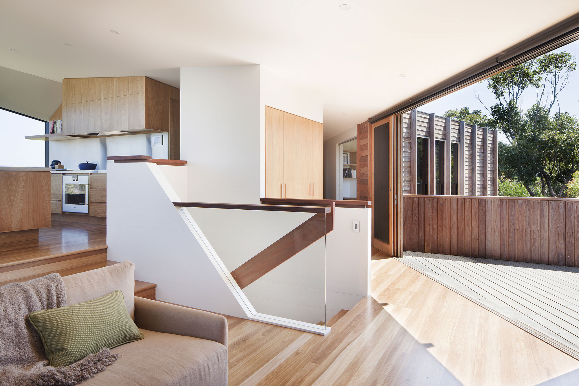 No Front or Back of Aireys House by Byrne Architects-07