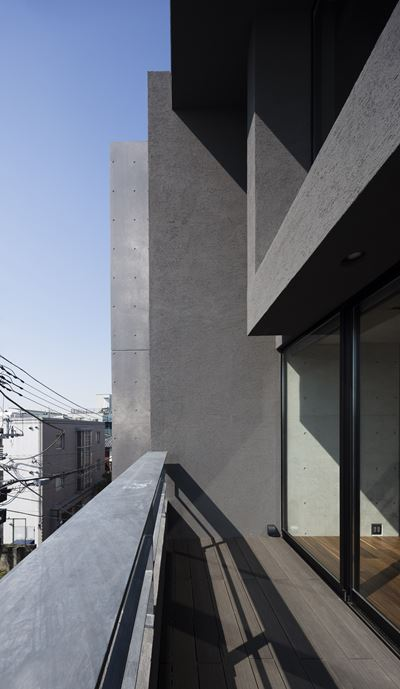 OKM 4 story building designed for a private residence and apartment in Tokyo by Artechnic-18
