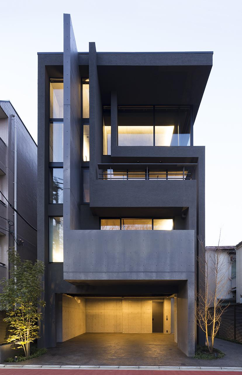 OKM 4 story building designed for a private residence and apartment in Tokyo by Artechnic-23