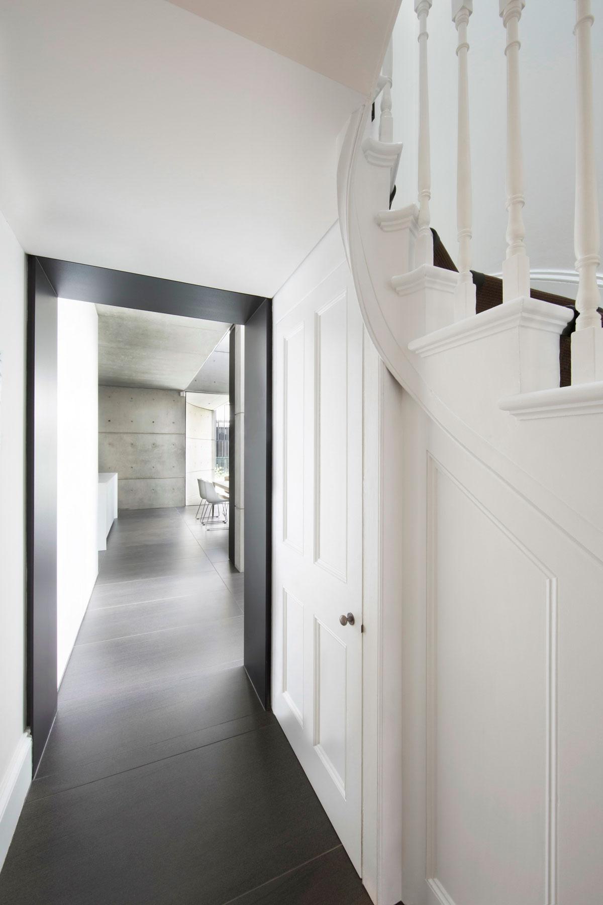 Orama Victorian House in Sydney Woollahra by Smart Design Studio-21
