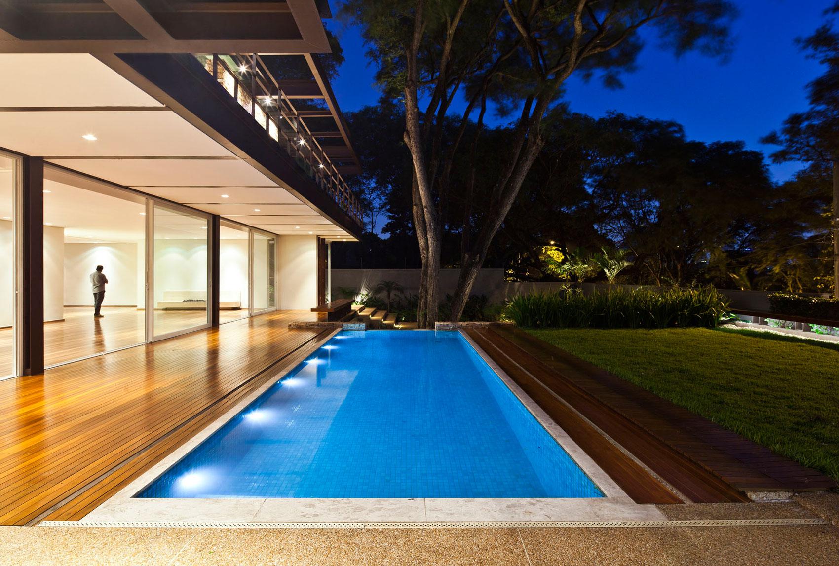 Pau Brasil House by Vasco Lopes Arquitetura-12