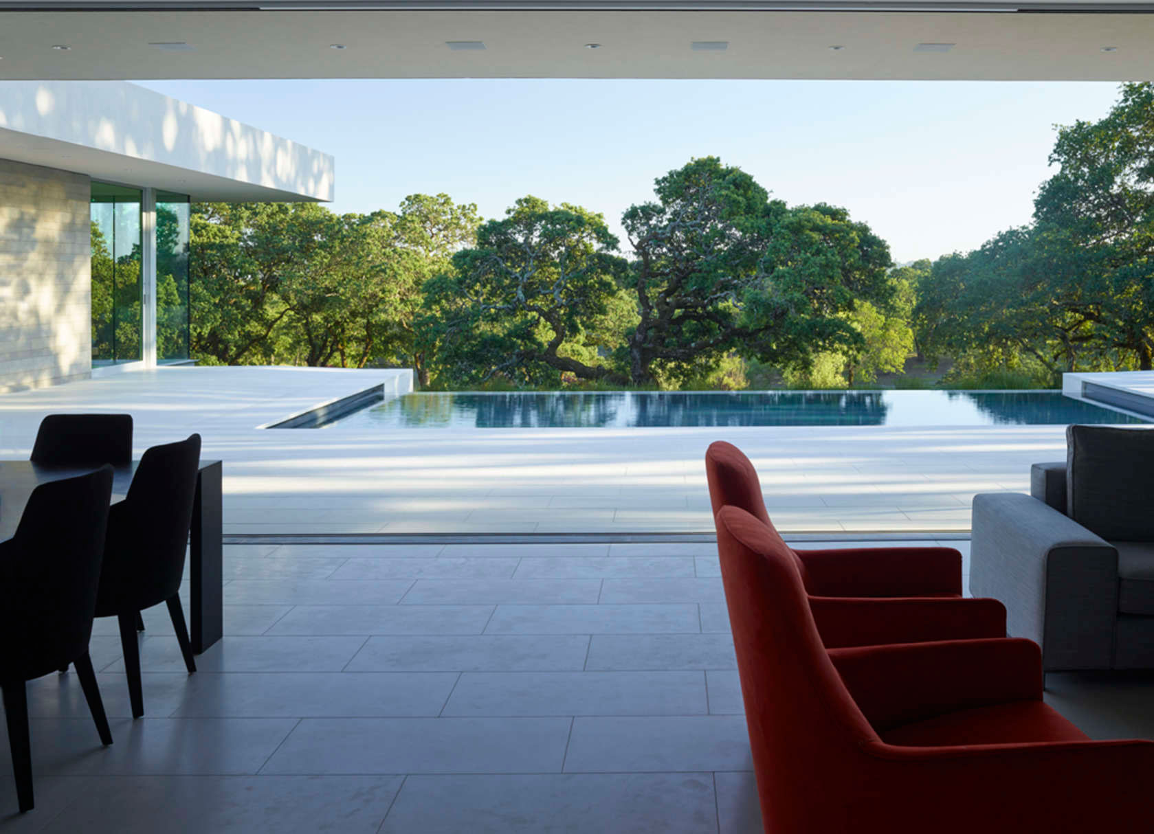 Retrospect Vineyards Residence in Windsor by Swatt Miers Architects-07