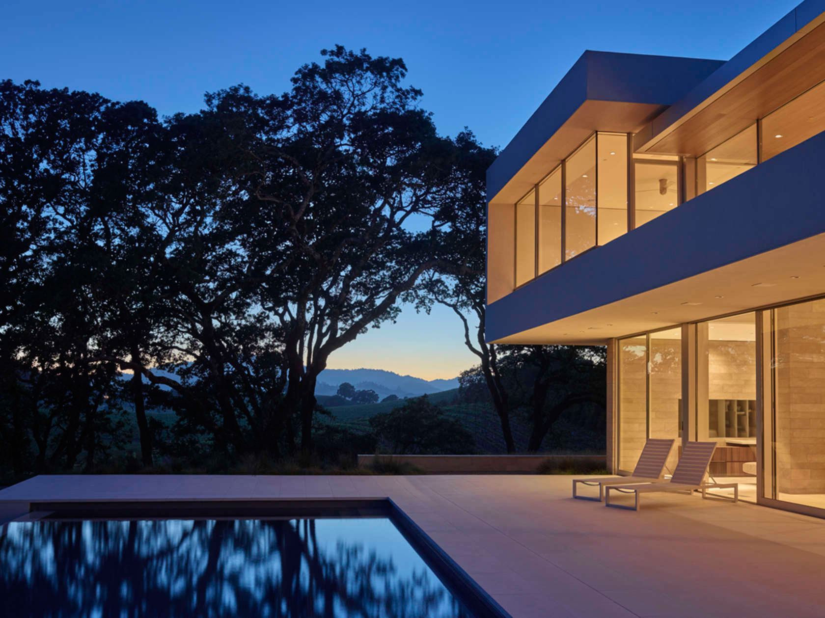 Retrospect Vineyards Residence in Windsor by Swatt Miers Architects-12