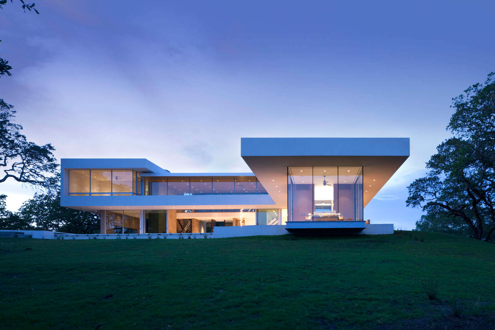 Retrospect Vineyards Residence in Windsor by Swatt Miers Architects-14