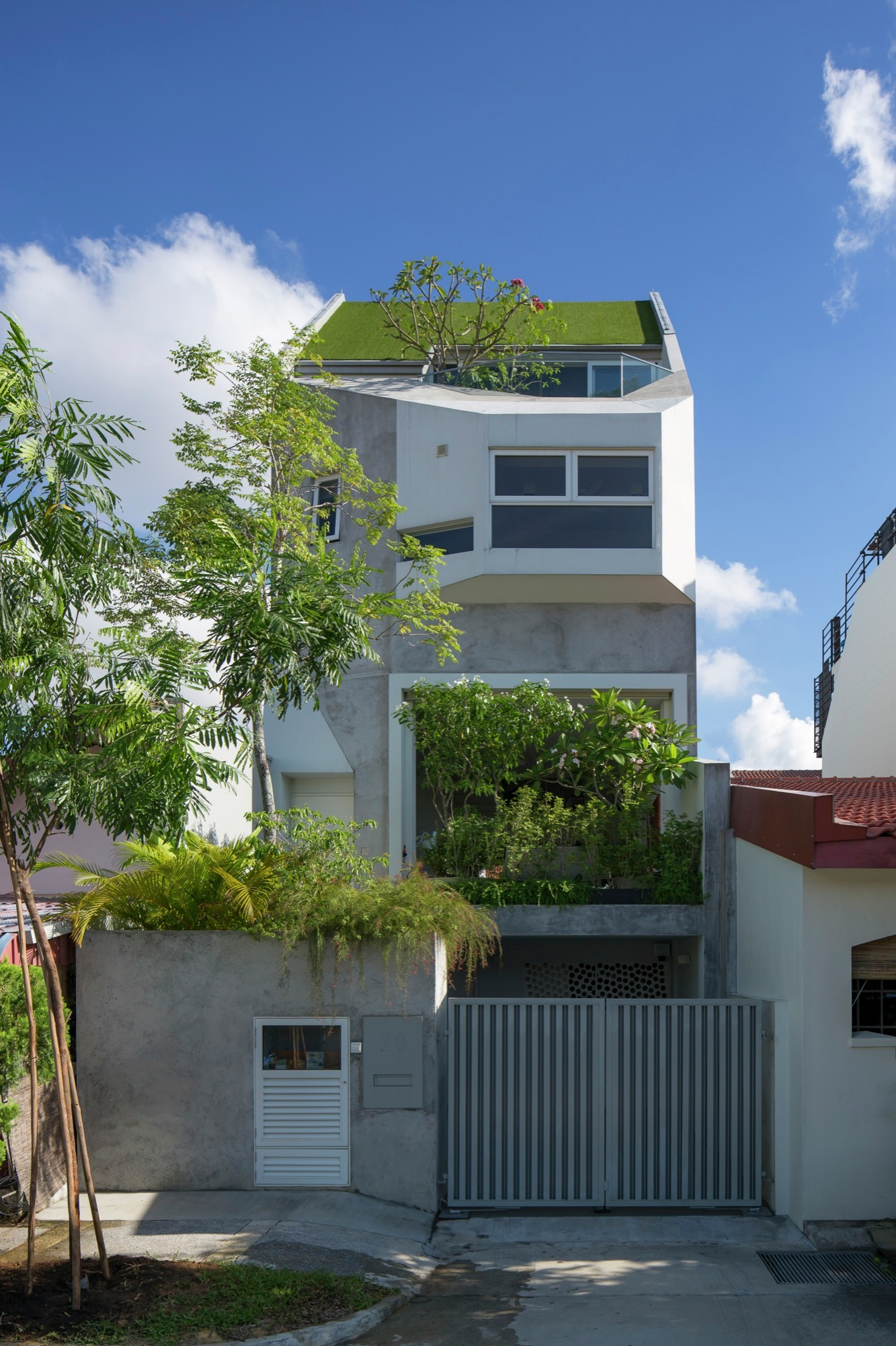 Rienzi Home in Singapore by A D LAB-01