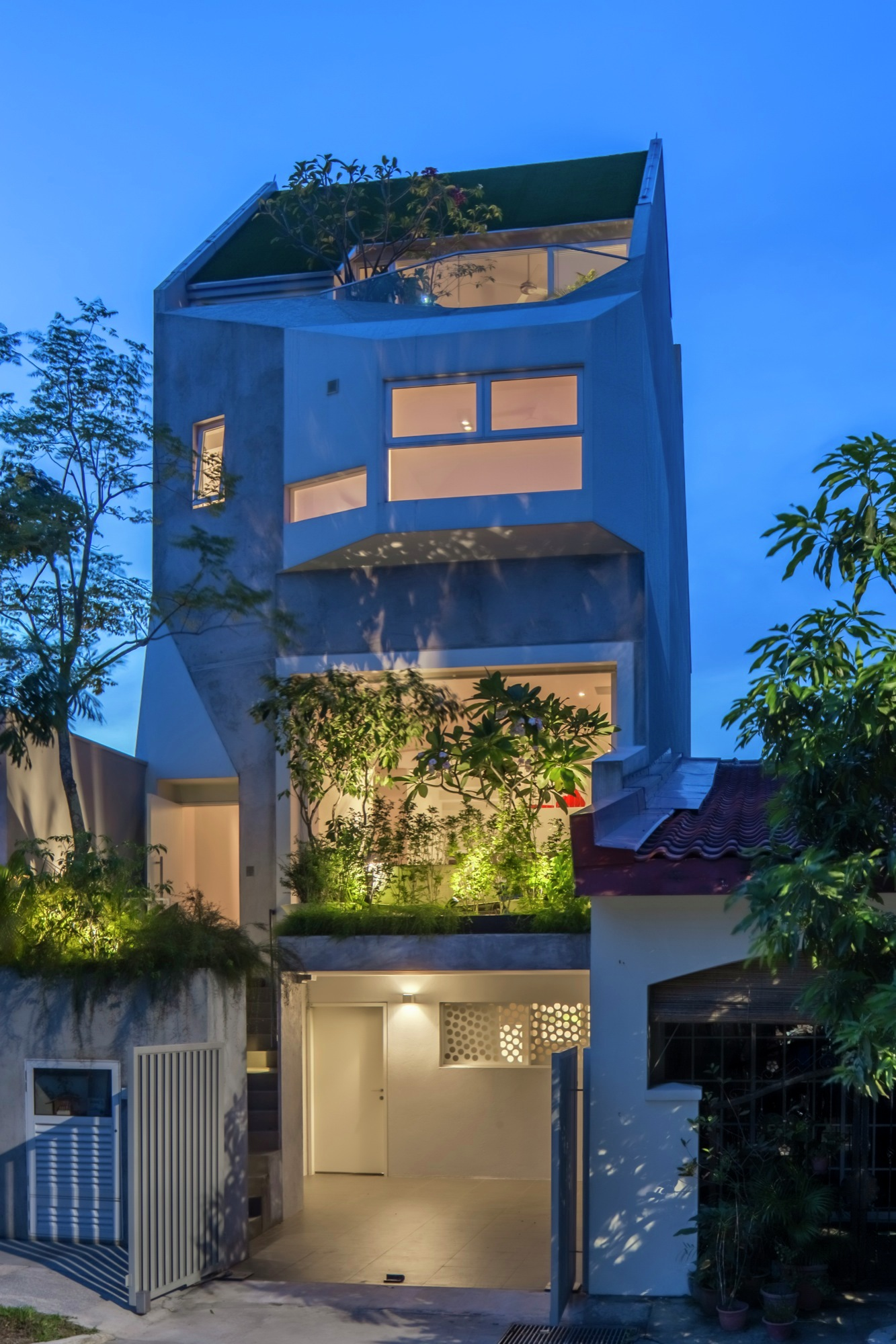 Rienzi Home in Singapore by A D LAB-06