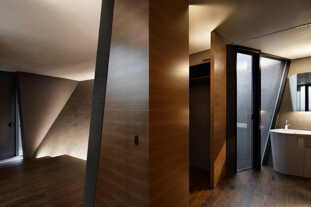 SRK Home in Meguro, Japan by Artechnic-15