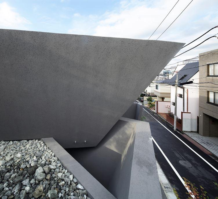 SRK Home in Meguro, Japan by Artechnic-22