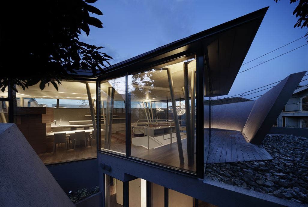 SRK Home in Meguro, Japan by Artechnic-24