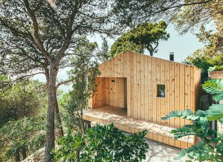 Sant Cugat Wood Studio House by Dom Arquitectura