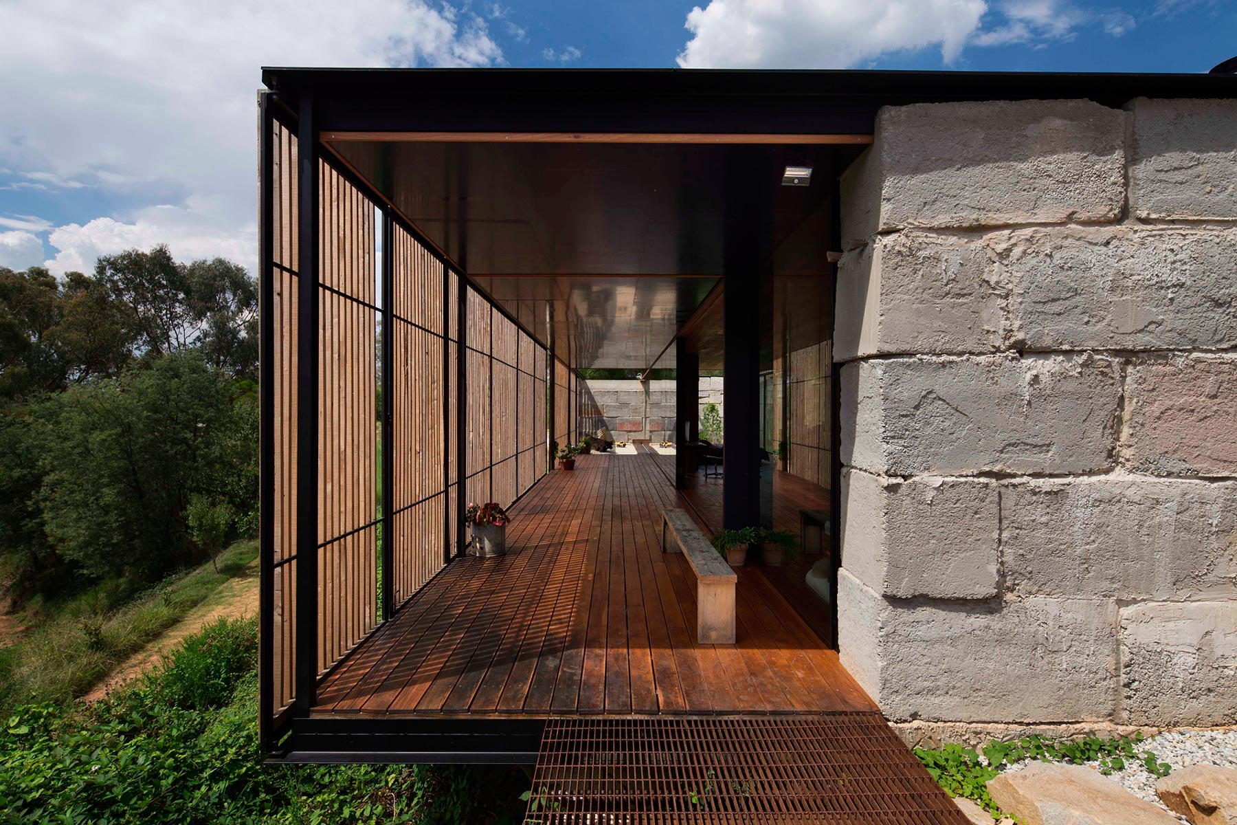 Sawmill House built of Reclaimed Concrete Blocks Used by ARCHIER-03
