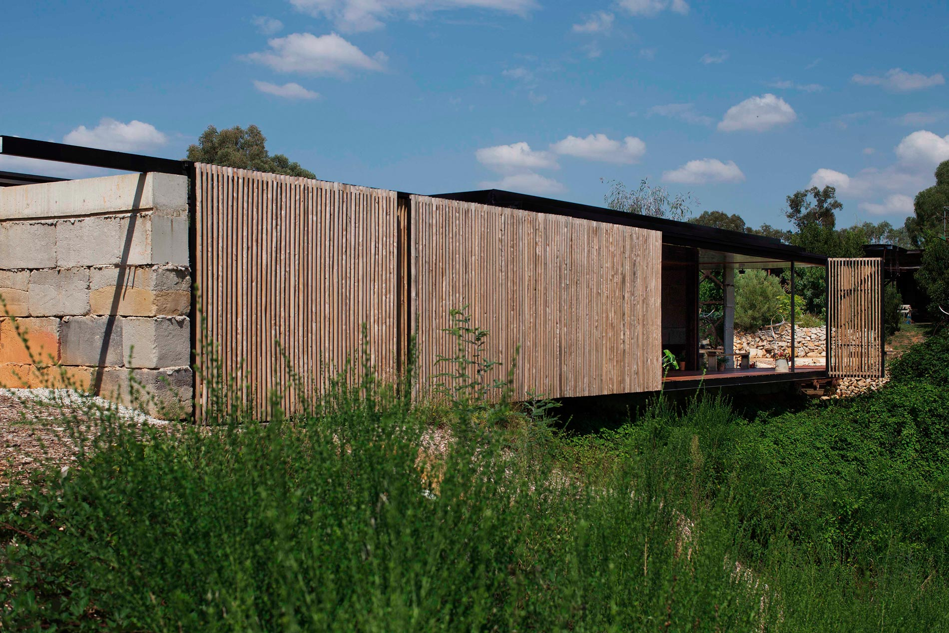 Sawmill House built of Reclaimed Concrete Blocks Used by ARCHIER-08