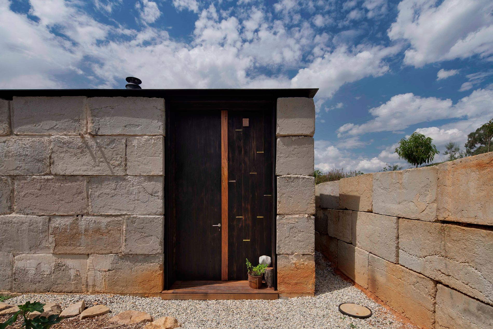 Sawmill House built of Reclaimed Concrete Blocks Used by ARCHIER-14