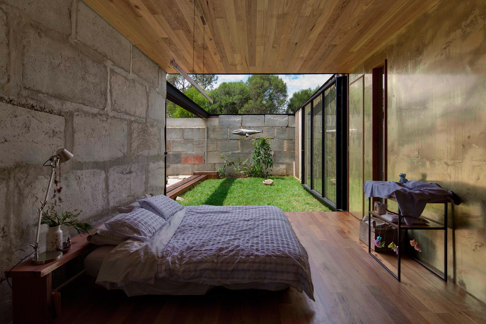 Sawmill House built of Reclaimed Concrete Blocks Used by ARCHIER-26
