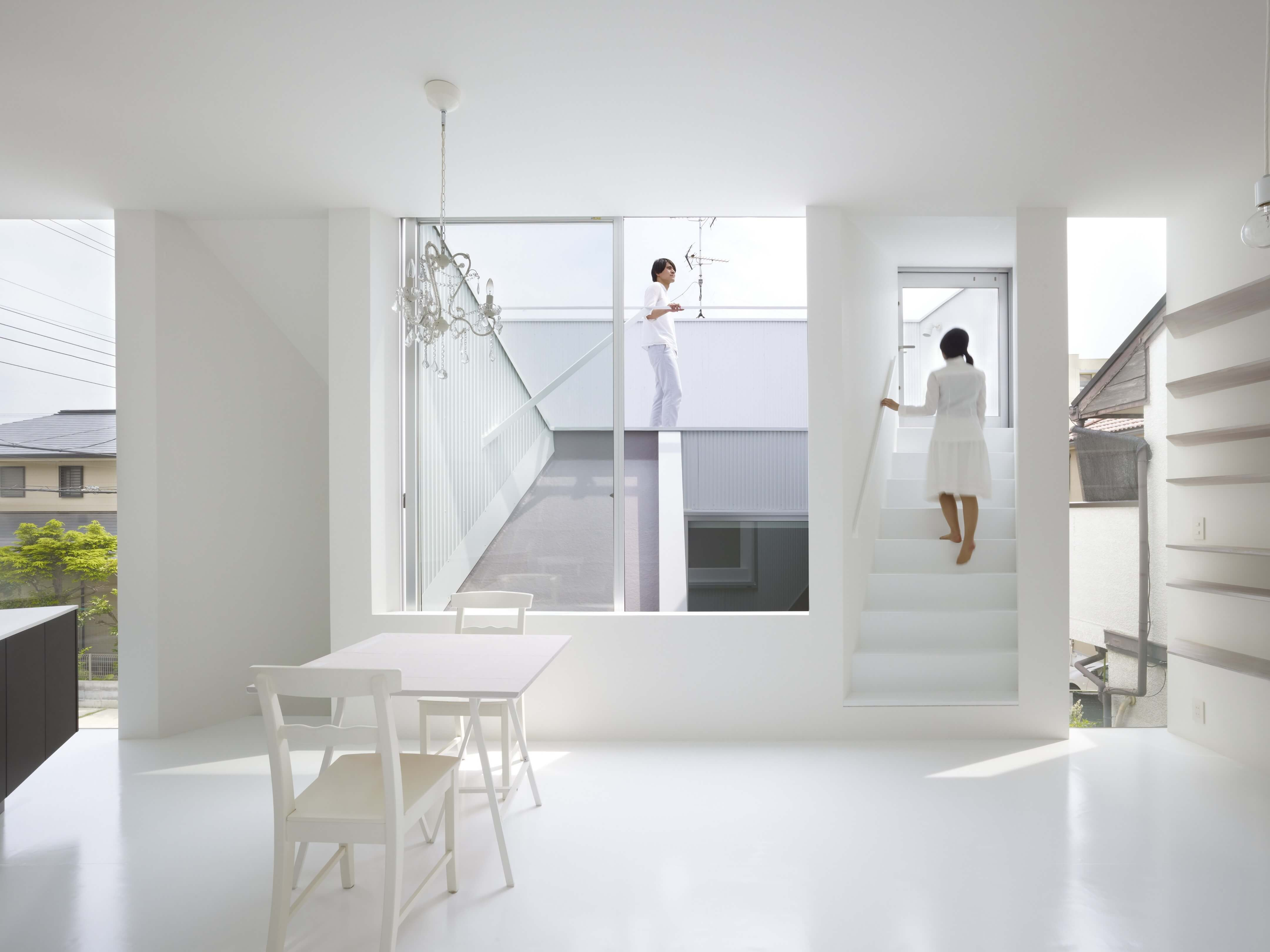 Slice of the City Residence in Hyogo by Alphaville Architects-02