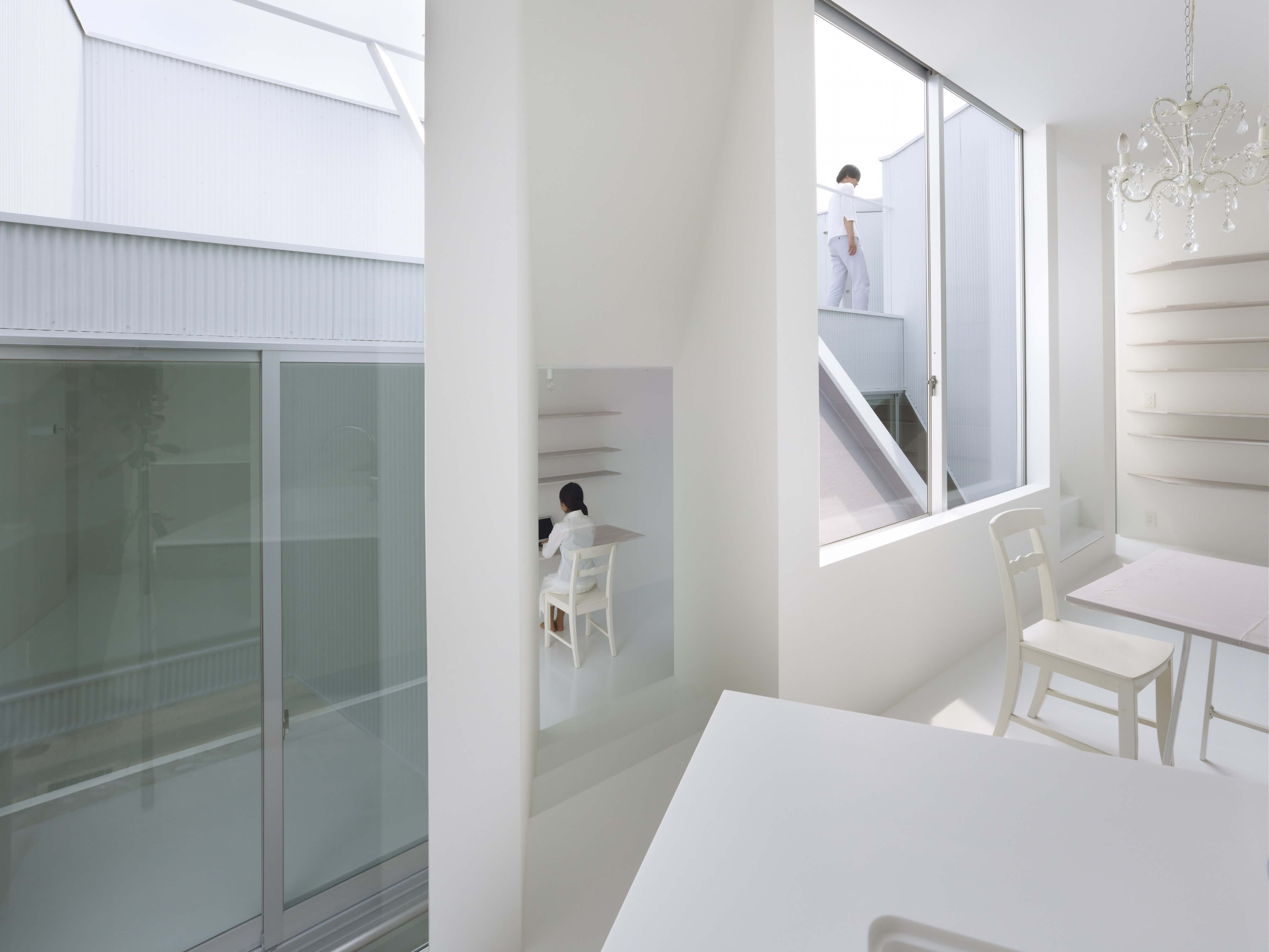 Slice of the City Residence in Hyogo by Alphaville Architects-03