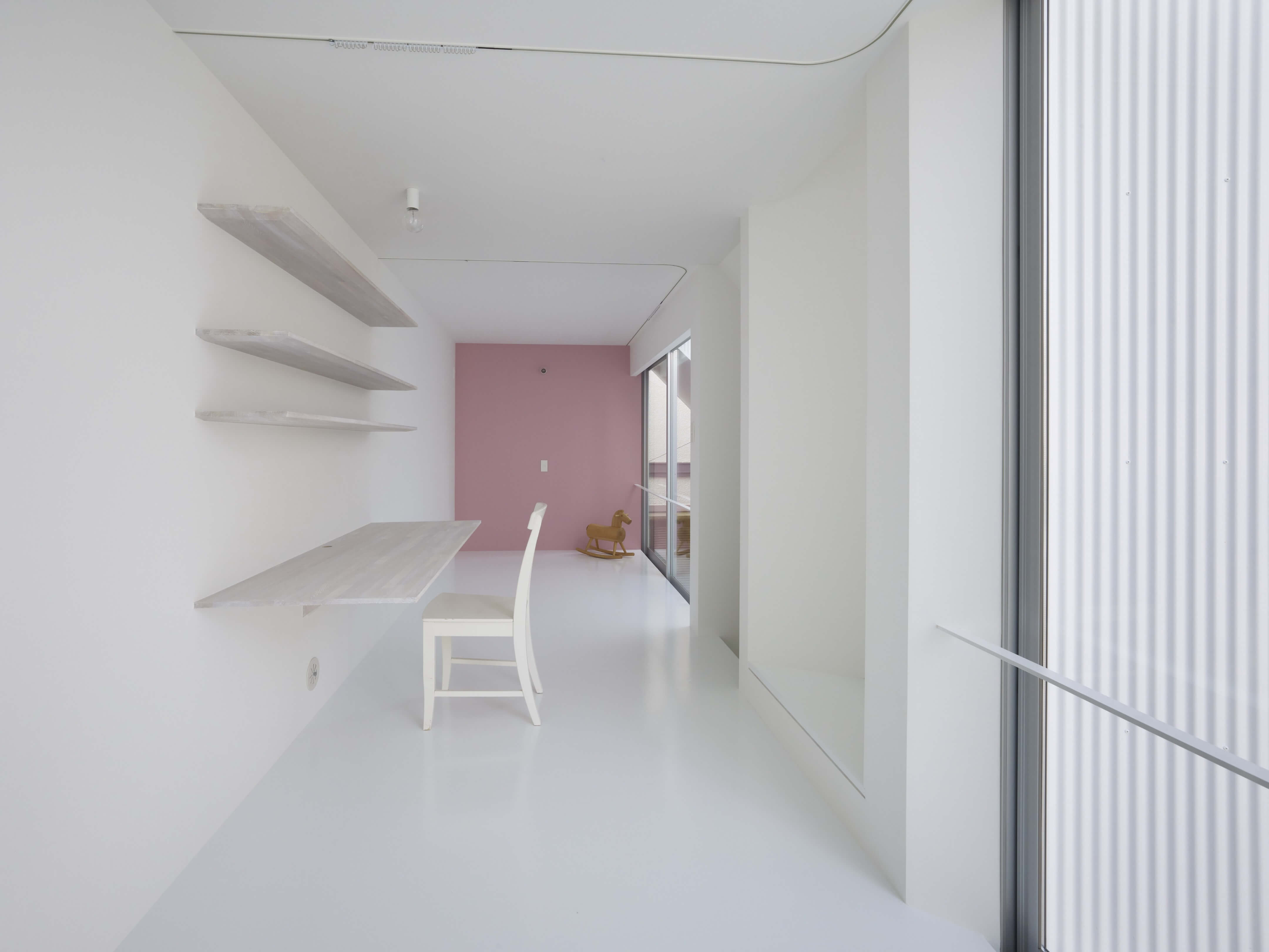 Slice of the City Residence in Hyogo by Alphaville Architects-07