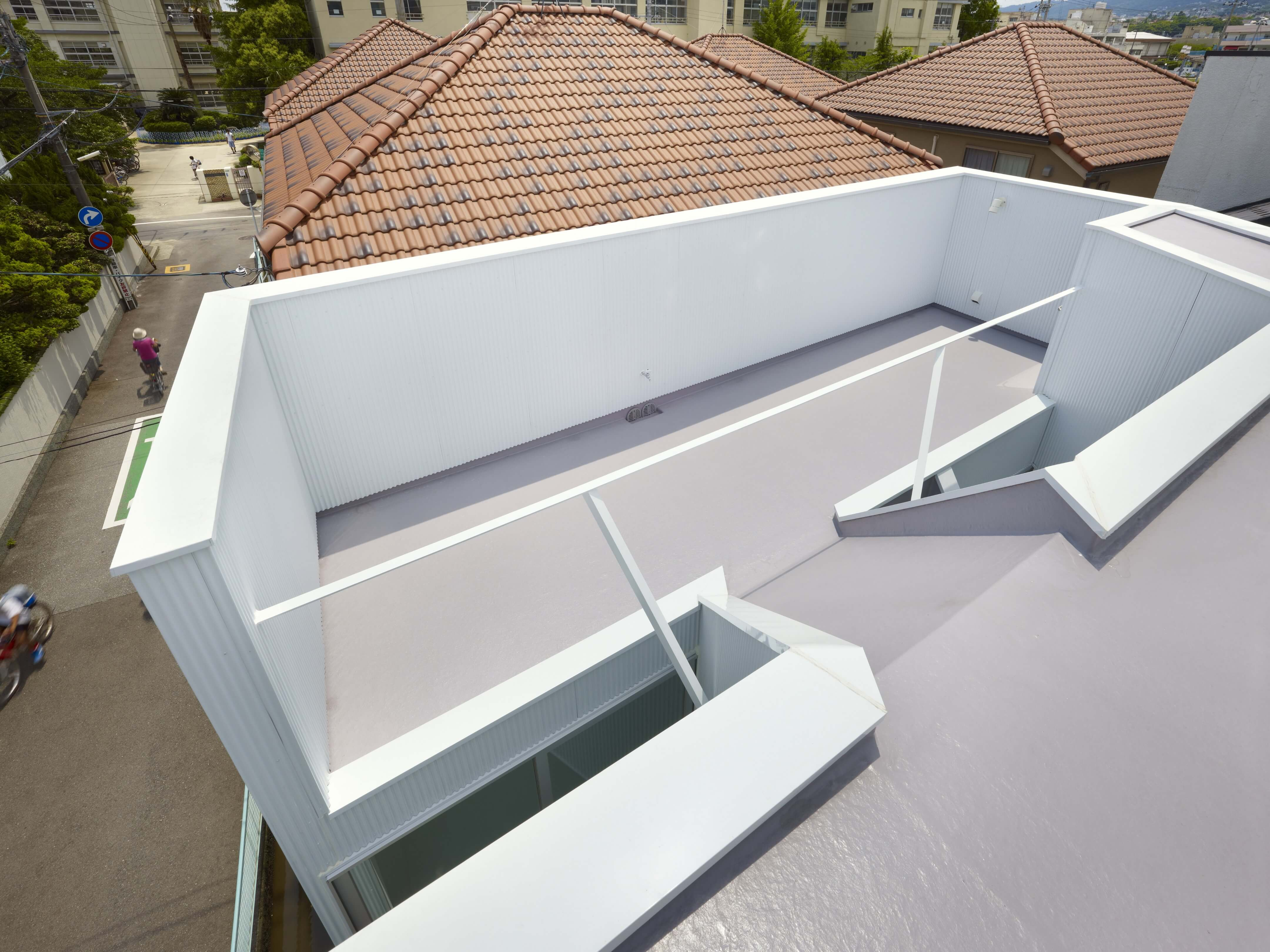 Slice of the City Residence in Hyogo by Alphaville Architects-15