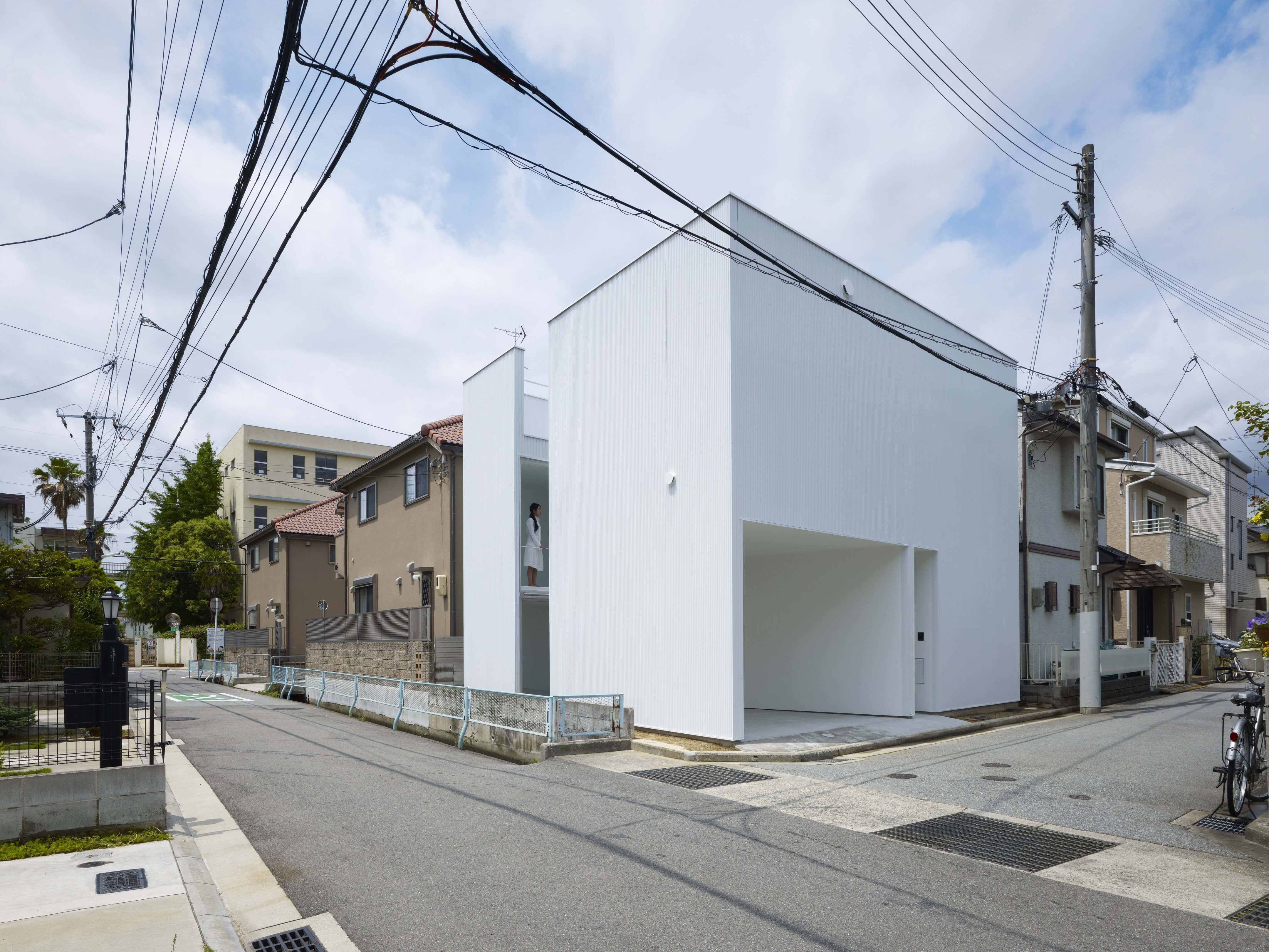 Slice of the City Residence in Hyogo by Alphaville Architects-17
