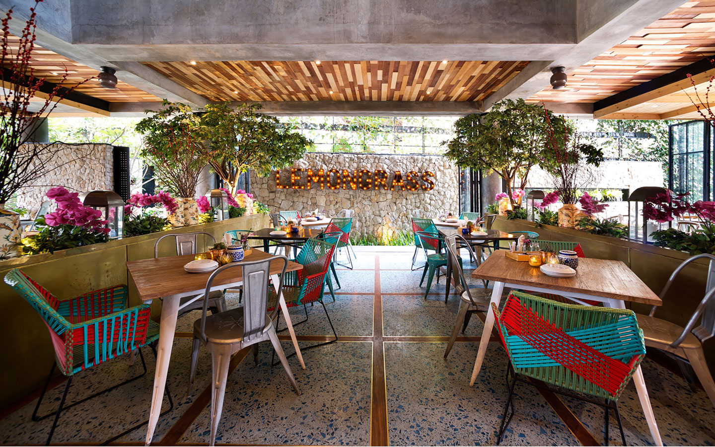 Stylish Tropical Paradise Theme of Lemongrass Restaurant Designed by Einstein & Associates-15