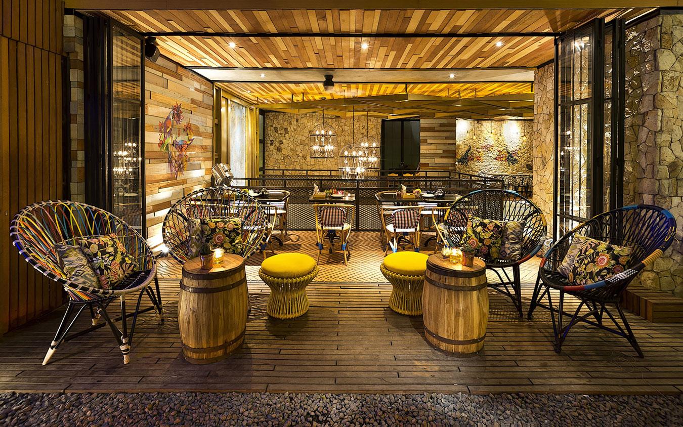 Stylish Tropical Paradise Theme of Lemongrass Restaurant Designed by Einstein & Associates-19