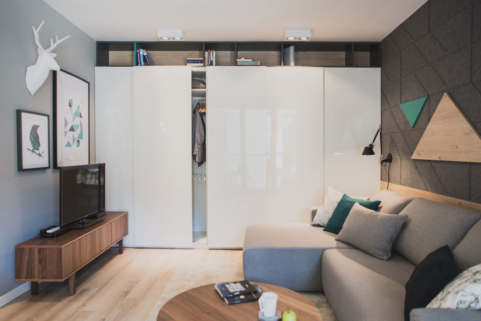 Szafarnia 2 Compact Apartment by Raca Architekci-10