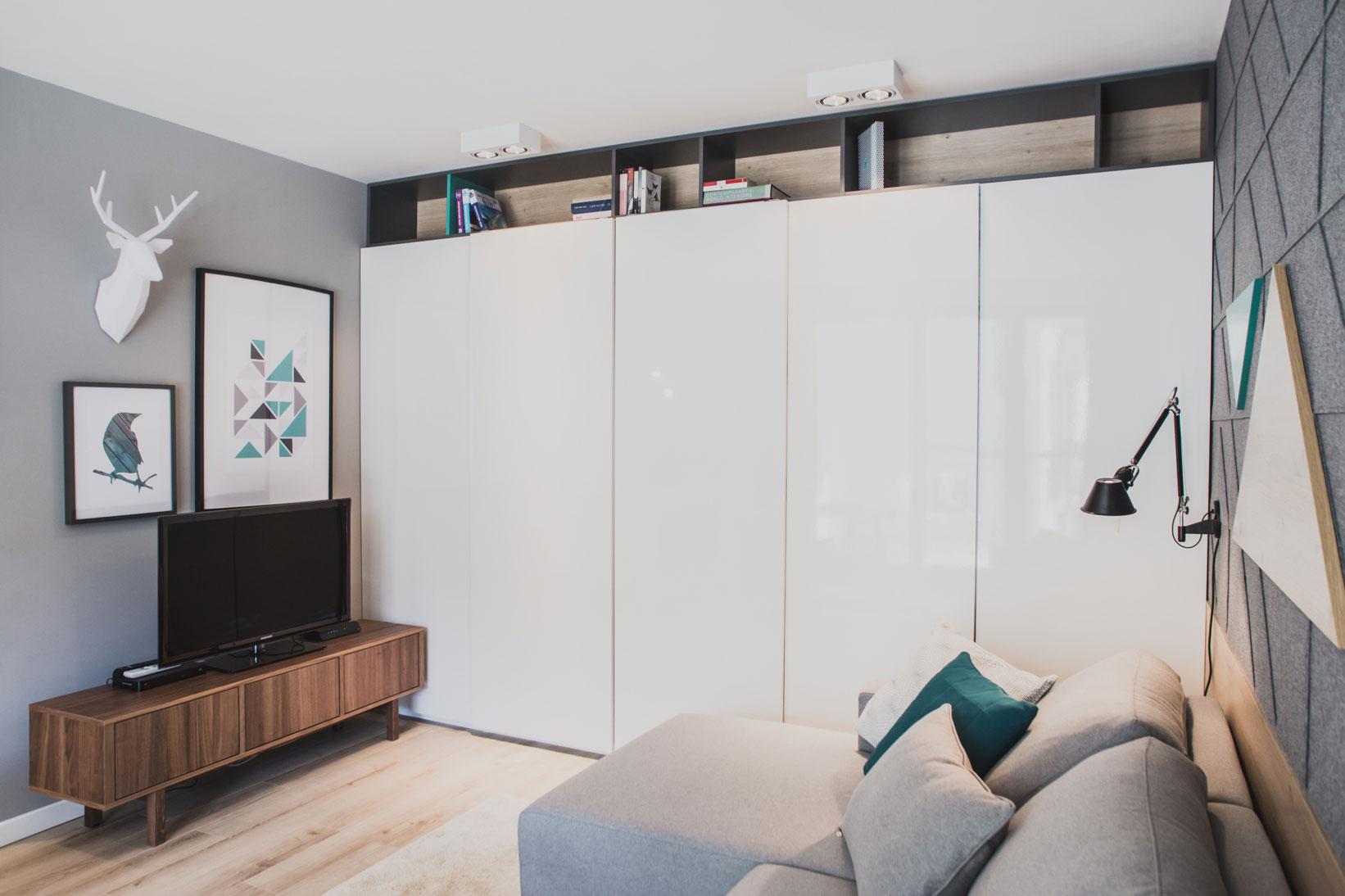 Szafarnia 2 Compact Apartment by Raca Architekci-12