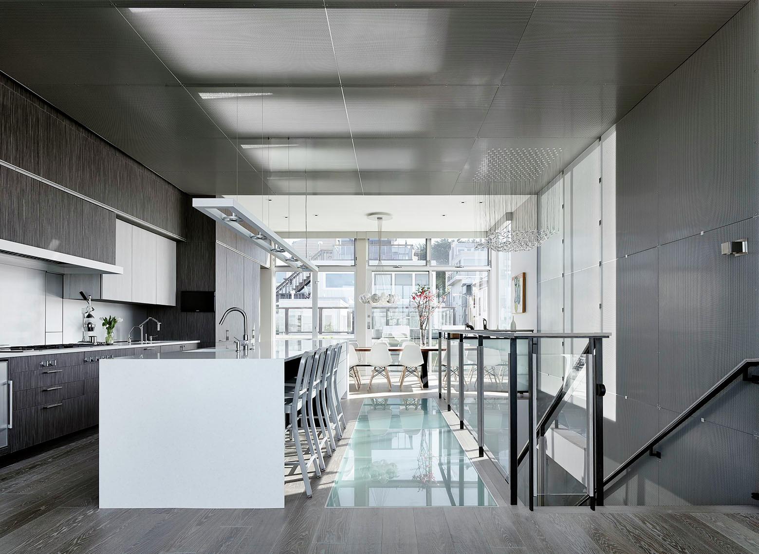 Telegraph Hill Residence by Feldman Architecture-03