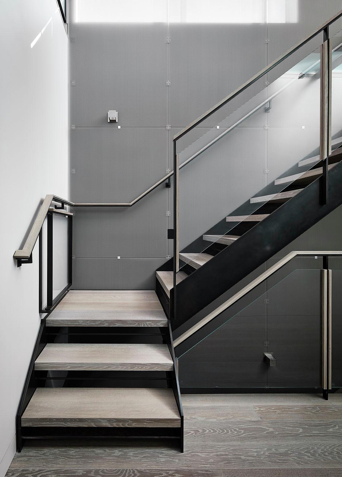 Telegraph Hill Residence by Feldman Architecture-05