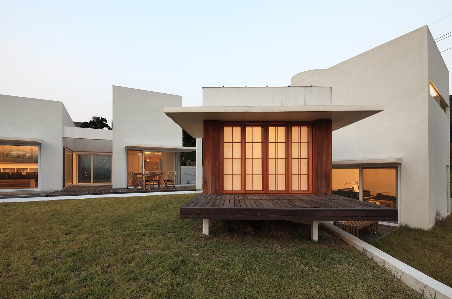Teochon House by IROJE Architects & Planners-03