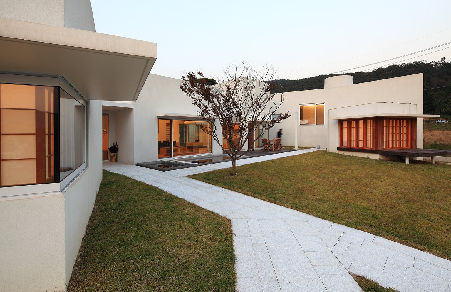 Teochon House by IROJE Architects & Planners-06